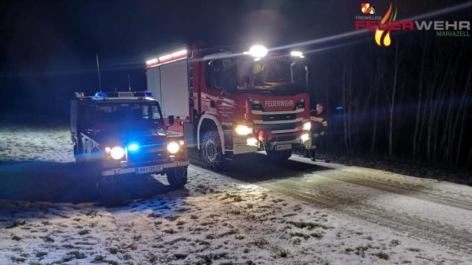 LKW Bergung im Winter mit KRFS und SRF